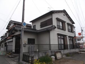 岐阜県岐阜市塗り替え!汚れに特化した超低汚染塗料で施工致しました。