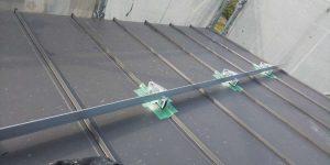 屋根の 雪止め 塗装